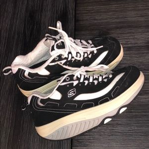 Skechers shape ups size 6.5 mint condition
